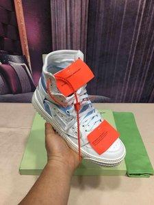 2020 Nouveau Styliste hommes haut-top Sneaker de luxe femmes blanches Chaussures noires amants hors Lacet formateurs Sneaker p4