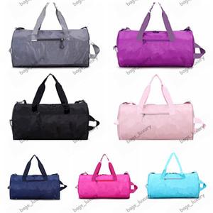 Borse Moda Pacchetto Sport Tempo libero di viaggio di grande capienza impermeabile bagagli a mano Bag Laser riflettente Donne Weekend Duffle Bag Borse