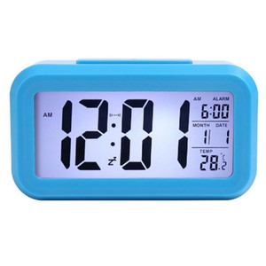 60pcs Smart Sensor Nightlight Digital Alarm Clock controllo ottico a cristalli liquidi del dispositivo di allarme orologio da tavolo digitale Orologi DHL