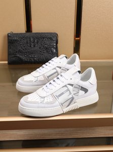 20ss New Platform Shoes Italy Fashion Men Women Designer Open Sneakers Stripe Studs Genuine Leather Flat Outdoor Casual Shoes 36-45
