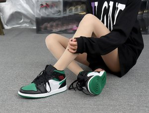1 Mid Green Basketball Shoes (GS) 554725 067 BLACK GYM RED WHITE PINE GREEN woman designer shoes Loafers womens designer shoes slip on