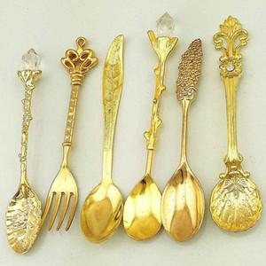 Retro European Carved Mini Coffee Spoon Ice Spoon Dessert Spoons Fruit Fork Middle East Style Tableware 6pcs DEC085