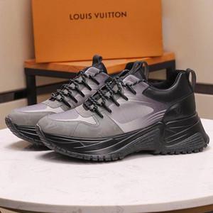 Hommes Chaussures Casual respirante Flats Lace -Up 2020 Mode Hommes Sneakers Chaussures Hommes Chaussures Hommes Verser Mode de luxe Run Pulse loin Sneake