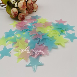 3cm Luminous Star Wall 100pcs TV Papier mural Peinture Décorative PVC Autocollant fluorescent Sticker mural lumineux Sticker étoile lumineuse