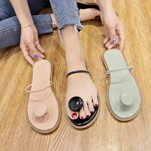 2019 Newest designer slides latest slip-on designer flip flops sandals women s shoes wide flat slippers Home outdoor