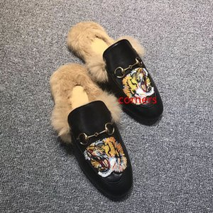 Новая Princetown кожи крупных мужчин на тапочки с меховым велюром бархат зимой случайных тапочками обуви мулов обувью EUR38-46 (с)