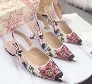2020 الفاخرة السحر العصا البيضاء cowskin أسود جلد حقيقي منصة مصمم الصنادل المرأة الأزياء والأحذية حجم 35-41 tradingbear 11DA1302
