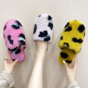 PUPUDA Nuovo Inverno Fluffy Slippers donne di tendenza Furry comode pantofole Fashion House 2020