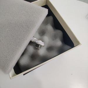 Meilleures ventes Broche produit avec diamant Top qualité Broche haute qualité Broche Femme Accessoires de mode sauvage d'alimentation