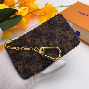 Luxury Fashion Accessories letter Keychain Hanging Car Key Accessories Leather Buckle Gold Plated Copper Metal Accessories 88036