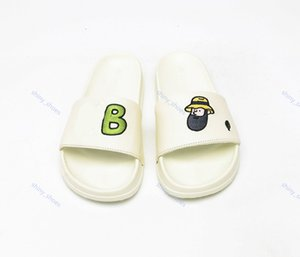 xshfbcl Slippers New marque Letters Slides Mens Flip Flops Summer New Trend Mens Fashion Shoes Beach slippers