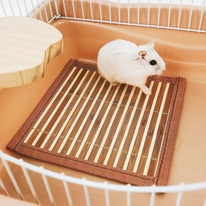 Summer Pet Guinea Pig Hamster Rabbit Bamboo Breathable Sleeping Bed Mat Cooling Nest Pad Pet Sleeping Cooling Mat Pet Products