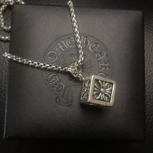 Herz Dice Kreuz Herrenmode Mens kühlen Halskette Titan Stahl Material nicht verblassen Korean-Style All-Gleiches Dekorative Accessoires