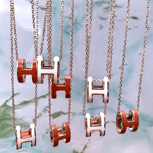 Letter H in Europe and America pendant titanium steel necklace simple wild female short paragraph clavicle chain 18K pink gold jewelry whole