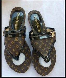progettista di lusso Pantofole donna gg aperte davanti Estate Slip On piatto diapositive spiaggia di Thong v scarpe flip flop femminile canale di moda i sandali