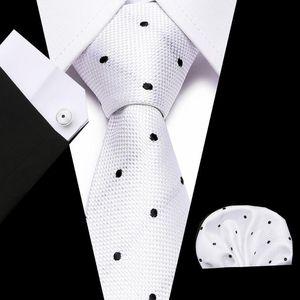 7,5 centímetros Floral Men Tie Paisley New Moda de seda Gravata Lenço Azul ajustado do casamento de Brown Red Sólidos Tie Hanky Set Ties For Men