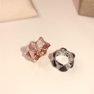Nouveau modèle Splicing anneau noir onyx Classic Party Mode Bijoux pour les femmes en or rose mariage coquille triangle de luxe anneaux Livraison gratuite