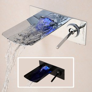 Wall Mounted torneira pia do banheiro LED Cachoeira Bath Mixer Tap Controle de Temperatura LED Faucet Chrome Preto Finished