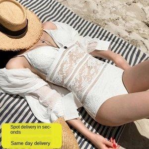 Sunscreen holiday leisure teenager sports gathering beauty Sunscreen Bikini bikini suit short-sleeved Korean style