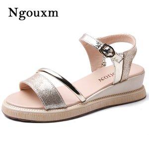 Ngouxm 2020 лето женщины сандалии обувь женщина клинья квартиры платформы Bling Shinny Золото обувь Мода Повседневная сандалии женщин