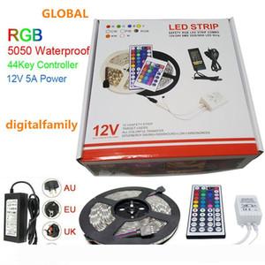 LED Light Strip RGB 5050 5M LED mette a nudo il regalo di Natale impermeabile con 44 IR di chiavi a distanza del regolatore + DC12V 5A Power Adapter in scatola al minuto
