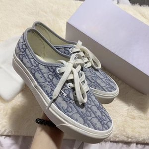 The latest big designer joint presbyopia embroidery rock gray lace-up canvas shoes AUTHENTIC men and women casual driving shoes