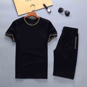2020 Mens Designer Fashion Tracksuit Letters Embroidery Luxury Summer Sportswear Short Sleeves Pullover Jogger Pants Suits O-Neck Sportsuit