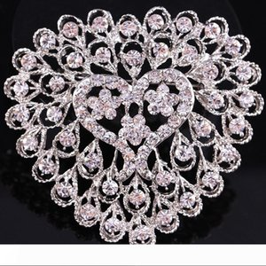Hot Sell Crystal Heart Shape Wedding Bouquet DIY Flower Jewelry Brooch Bridal Bridesmaid Holding Flowers Pin Brooches