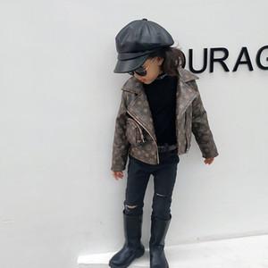 Kinder-Designer Bekleidung Jungen Mädchen Art und Weise gedruckte Jacekets 2020 neue Ankunfts-Kdis Classice Fashion Jacke mit Beutel Heißer Verkaufs-Designer Jacken