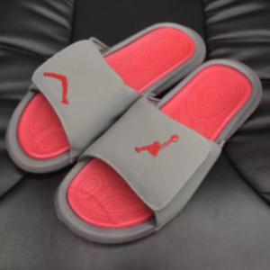 Mens Designer Slides Luxus Slipper Sport Marken-Basketball-Turnschuh-Flip-Flops im Freien New Tide 20071402X