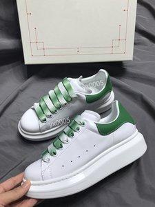 Тройные Повседневная обувь Midsole Тройной Черный Белый Красный Зеленый Мужчины платформы женщин спортивные кроссовки Кроссовки gp191120