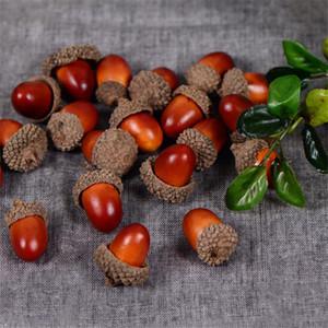 20pcs 3cm falso espuma de los conos de espuma artificial Mini Frutas Y Verduras Bayas florece la decoración del árbol de Navidad