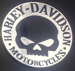 Araç Gövde ve kuyruk 06 Alüminyum Alaşım Malzemesi Harley Çıkartma Modifiye Araba Metal Kafatası Çıkartma