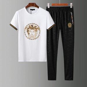 New Spring summer Men's Fashion Sportswear Sporting mens 20ss luxury designer clothes Tracksuits Male Sweatshirts Men t shirt Set