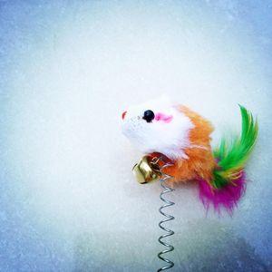 لعبة القط الفأر الحيوانات الأليفة العرض هدية صغيرة الجرذ المصاص الربيع الفئران مع الريشة شكل مضحك القطط عصا التفاعلية مطاطا الريشة
