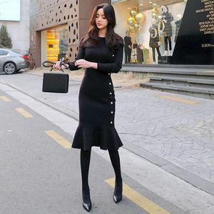 2020 Winter Women Bottom Knitted Black Sweater Long Sleeve Thicken Elegant Sexy Slim Skinny Sheath Bodycon Knee Mermaid Dress