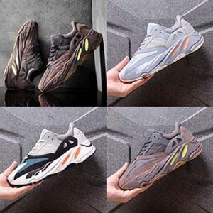 2020 bebé Deportes Kanye West Kanye West 700 700 zapatos de alta moda diseñador de zapatos para el cabrito blanco de la muchacha ocasionales de cuero zapatillas Negro Boy Desi # 617