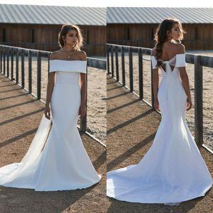 2020 Simple Mermaid Wedding Dresses Off Shoulder Sweep Train Vestido De Noiva Plus Size Beach Boho Satin Bridal Gowns