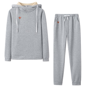 Plus Size Tracksuit 2pcs Women Set Hoodies Fleece Leather Badge Casual Sports Suit Hooded Two Pieces Sets Women Clothing Suits