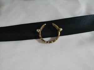 Designer femmes bijoux anneaux alphabet exquis cru évidé anneaux accessoires anneau de haute qualité à la mode lettre régler