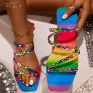 2020 New women Sandals Fashion Rhinestone Mid-heel Flat Sandals Women Summer Outdoor Beach Open-toe Casual Shoes Zapatos Mujer
