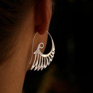Indiano tribale goccia d'epoca dell'orecchino del fiore Ornato Ricciolo Gypsy Ala ciondolano per le donne Bohemian gioielli 9025