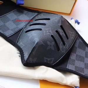 Brand new high-grade leather masks, fashionable male and female brand masks, bicycle windproof masks with Box