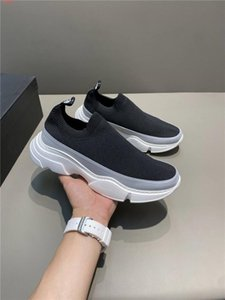 Mens and womens new 2020 thick soled sock shoes, breathable fabric fabric low heel Pullover casual sports shoes Original packaging
