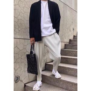 casuales pantalones rectos de Miyake plisadas hombres pantalones de harén de tendencia sueltos nueve puntos correr pista de los hombres 2005
