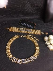 Europäische und amerikanische Mode Brief Halsband Beliebte Logo Halskette für Damen Handketten