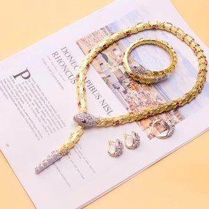 Дизайнерская Lady Brass Алмазные Циркон красный / зеленый глаз Змея Змея 18K покрытием золото Ожерелья Чокеры браслет Серьги Кольца Ювелирные наборы