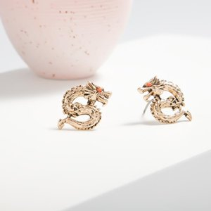 INS European Girls Exquisite Personality Zodiac Chinese Dragon Earrings Gold Color Animal Small Stud Earings E471