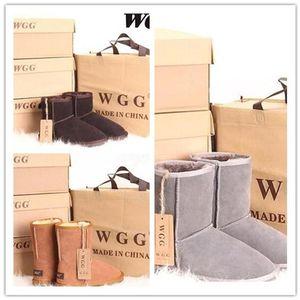 Heißer Verkauf AUS klassisch kurze 5825U Frauen Schnee Stiefel warm halten Stiefel Damen Stiefel Winterschuhe 17 Farben können freies Verschiffen wählen