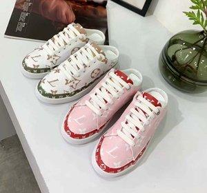 Classics Kadın Platformu kadın ayakkabı Konfor Casual Ayakkabı Sneaker Kadınlar Boş platformu Ayakkabı düz Chaussures Eğitmenler L26